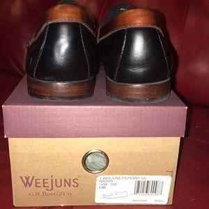 fa5cef50cbc G.H. Bass   Co. Shoes - G.H. Bass Co.  Logan  Weejuns Flat Strap